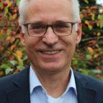 Bernd Wahlmann, Gemeinschaftspastor aus Winsen, spricht am Pfingstsonntag im Open-Air-Gottesdienst in Brackel.
