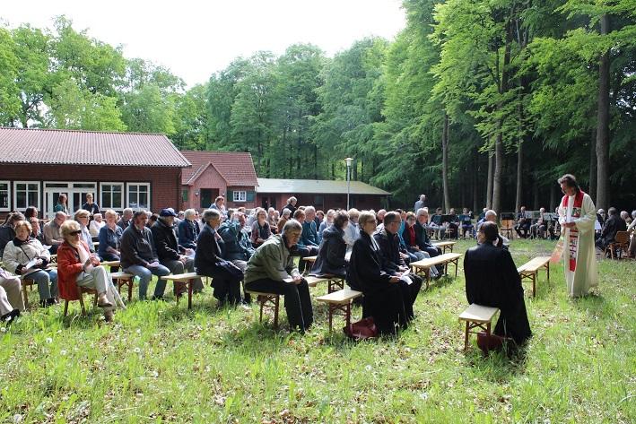 Jeder ist herzlich eingeladen, am Himmelfahrtstag zum Regional-Gottesdienst in Brackel (Foto: LKG Brackel)